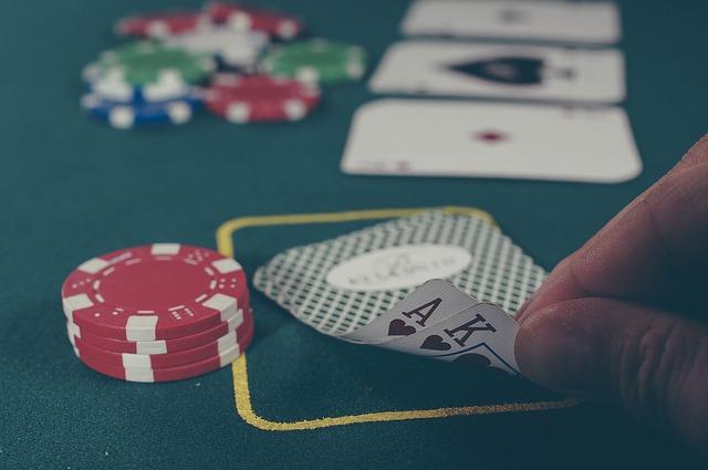 Le guide définitif pour apprendre à jouer au blackjack en ligne